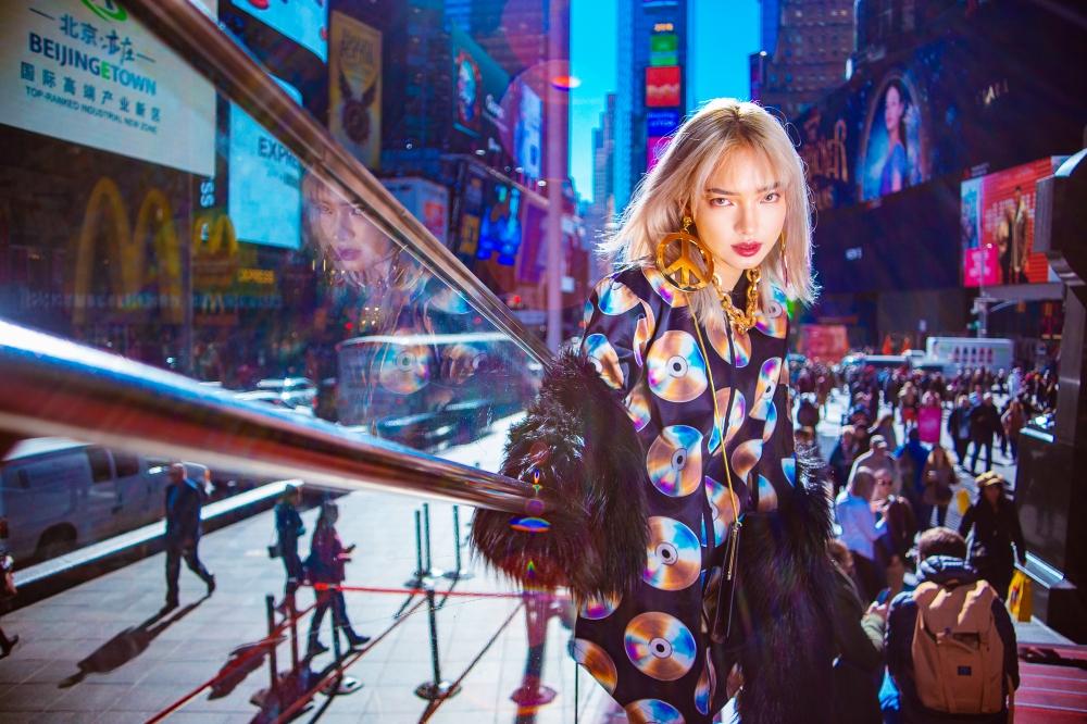 Châu Bùi hút mắt với street style trẻ trung, năng động trên đường phố New York 9