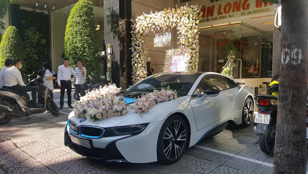 Hôm nay Diệp Lâm Anh sẽ chính thức lên xe hoa về nhà chồng