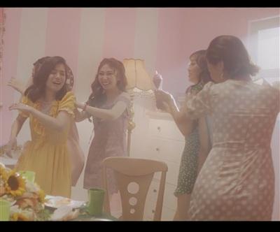 Hoàng Yến Chibi mời nhóm nữ quái Ngựa Hoang tham gia MV mới 2