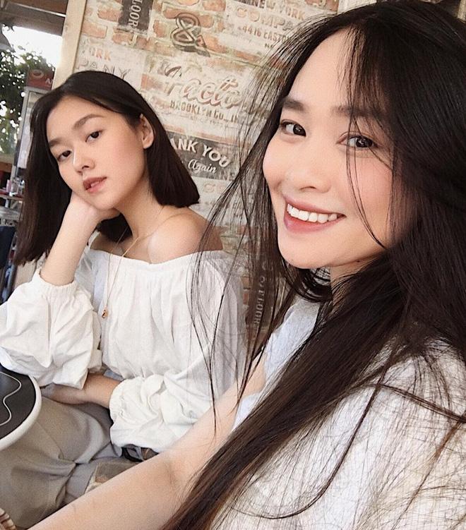 Sau kì thi THPT, hotgirl trường Phan Đình Phùng khoe ảnh đi chơi châu Âu cực đẹp 2