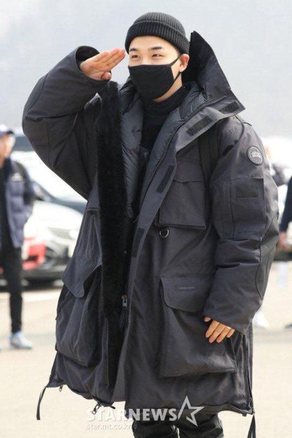 Taeyang nhập ngũ ngay lập tức sau khi kết hôn cùng Min Hyorin.