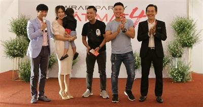 Lý Hải công bố tên chủ đề của phim 'Lật Mặt 4', 'quẩy' tưng bừngtrong buổi tiệc đóng máy 3