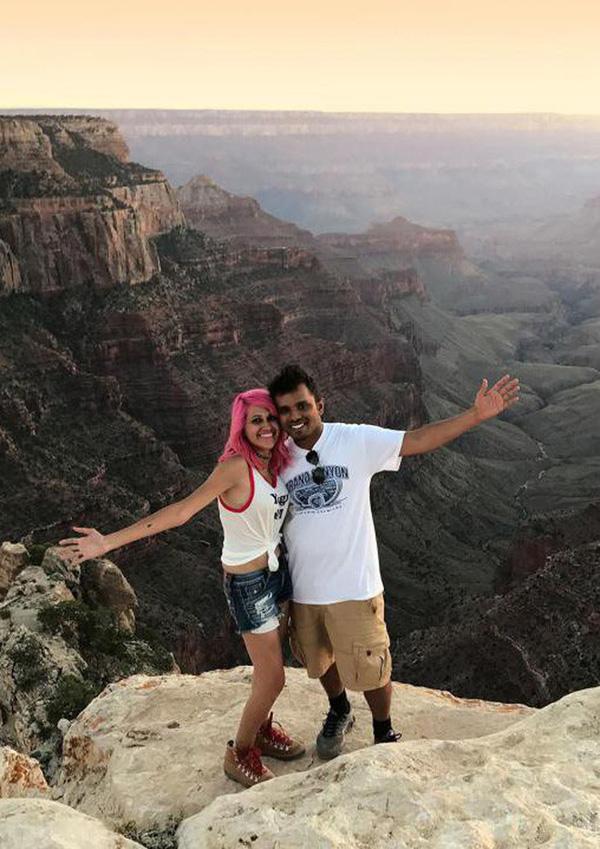 Cặp vợ chồng rơi từ vách đá cao hơn 2.000m xuống vực thẳm tử vong khi cùng nhau chụp ảnh tự sướng 2