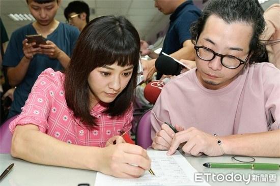 Những cặp đôi Hoa ngữ sẽ chào đón thành viên mới vào năm 2019 2