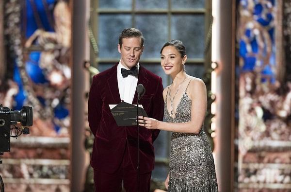 Phần trao giải Trang điểm & Làm tóc xuất sắc nhất của Oscar năm ngoái.