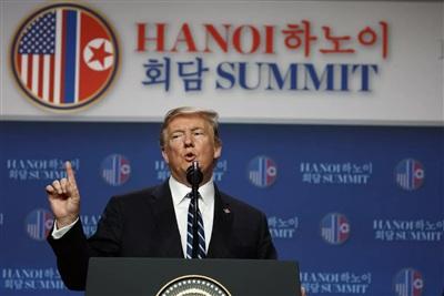 Tổng thống Mỹ Donald Trump tại cuộc họp báo chiều ngày 28/2 tại khách sạn JW Marriott (ảnh: CNN)