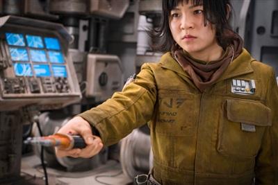 Cô gáigốc Việt lànữ diễn viên châu Á đầu tiên có vai chính trongStar Wars.
