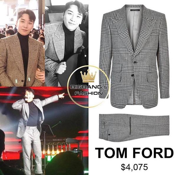 Vì tính chất công việc kinh doanh phải tiếp xúc với nhiều đối tác nên Seungri thường chọn lựa cho mình những bộ vest lịch sự, bảnh bao. Bộ suit kẻ caro mà anh ưa thích là của thương hiệu Tom Ford, được bán ở mức 4075 USD (tương đương với 89 triệu đồng).