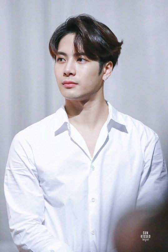 9. Jackson Wang (Vương Gia Nhĩ)