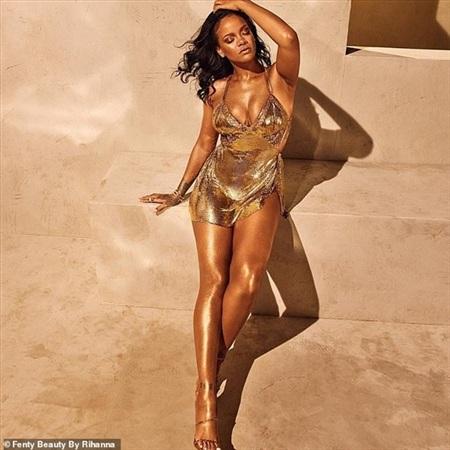 Tấm hình nóng bỏng của Rihanna