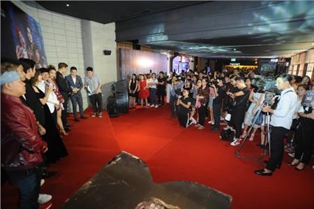 Buổi họp báo nhận được đông đảo sự quan tâm của báo chí và khán giả thủ đô