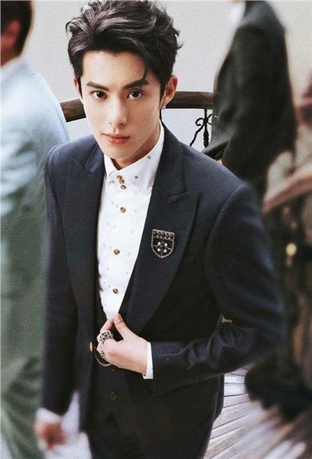 Dù được khen ngợi có khí chất của nam chính Lee Young Jae, nhưng liệu Vương Hạc Đệ có gỡ gạc lại được danh tiếng sau sự thất bại củaTân Vườn Sao Băng?