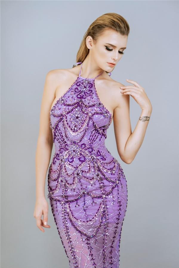 Những mẫu váy dạ hội đính kết giúp bạn gái khoe triệt để vẻ đẹp cơ thể 2