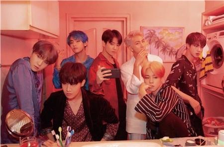 Bên cạnh đó, Guinness cũng đề cập trước đó, Black Pink vàKill This Loveđồng thời cũng đã nắm giữ kỷ lục trên. Tuy nhiên, sau khi BTS phát hành MVBoy with Luv,toàn bộ 3 kỷ lục đã được chuyển giao cho BTS.