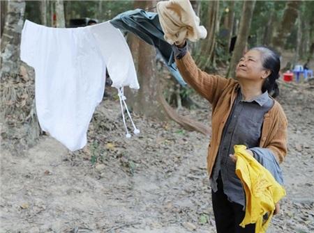 Nghệ sĩ Tú Trinh tiết lộ bí mật khiến cả đoàn phim 'Lật Mặt: Nhà có khách' phải 'nể sợ' 5