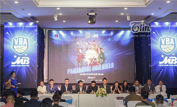 Giải bóng rổ chuyên nghiệp Việt Nam (VBA) mùa 2019 chính thức khởi tranh 5
