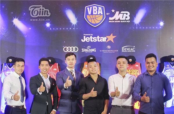 Giải bóng rổ chuyên nghiệp Việt Nam (VBA) mùa 2019 chính thức khởi tranh 8