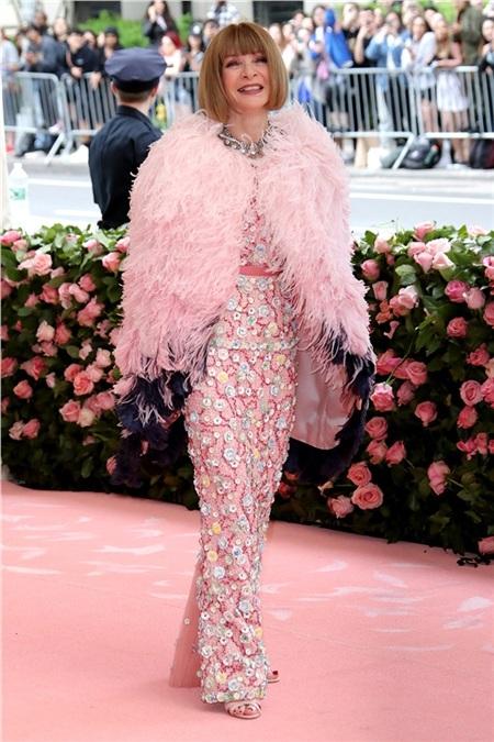 Tổng biên tập tạp chí Vogue Anna Wintour - người tổ chức chương trình năm nay.