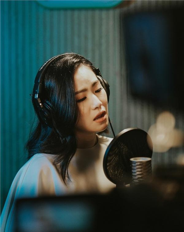 Lương Bích Hữu kết hợp Bùi Công Nam ra mắt MV mới về mẹ 2