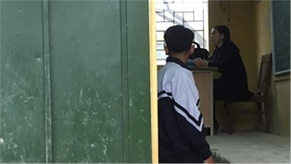 'Bắt học sinh quỳ là hành động thể hiện sự bất lực của giáo viên ' 0