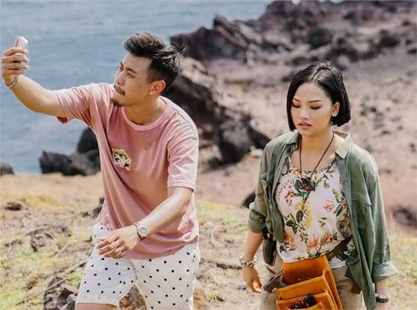 Anh thầy ngôi sao có sự kết hợp của cặp đôi Miu Lê và Huyme