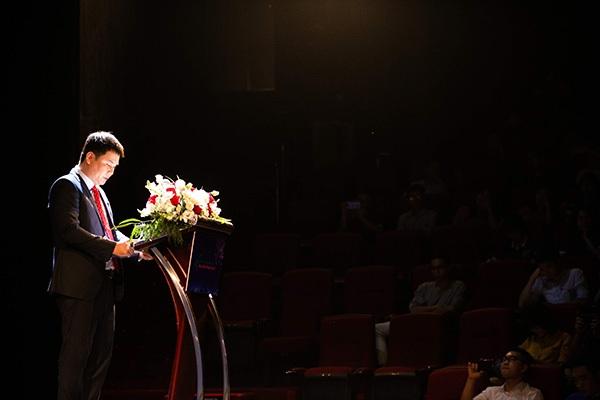 Ông Cao Anh Sơn - Tổng Giám đốc Tổng Công ty Viễn thông Viettel phát động cuộc thi.