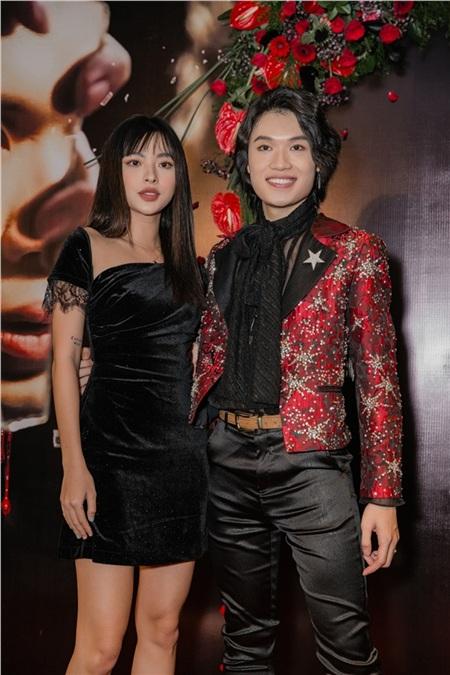 Tú Hảo chúc mừng Quang Trung