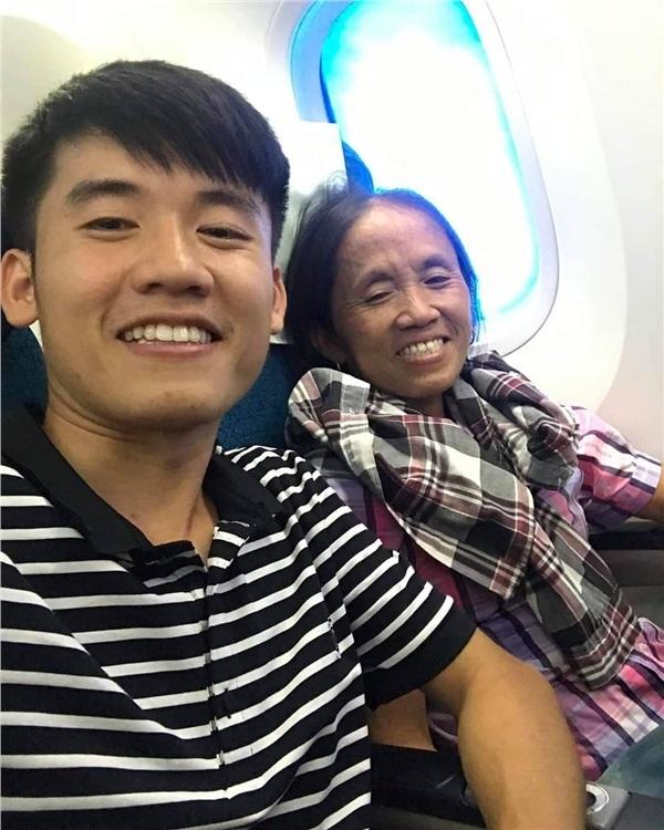 Hiện tượng Bà Tân Vlog đang truyền cảm hứng đến cộng đồng Youtuber Việt Nam