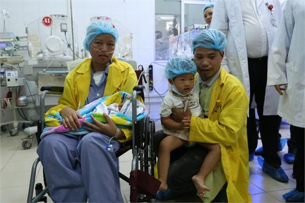 MC Diệp Chi xúc động kể lại hành trình của người mẹ ung thư được gặp con 2