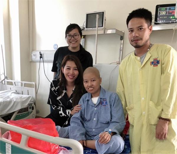 MC Diệp Chi xúc động kể lại hành trình của người mẹ ung thư được gặp con 3