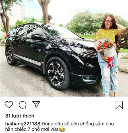 Chiếc xe 7 chỗ mà ông xã Hải Băng vừa sắm về cho gia đình đi chơi xa