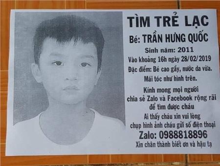 Thông tin về hình ảnh người cha nghèo tìm con trai thất lạc được đăng tải trên báo chí trước đó.