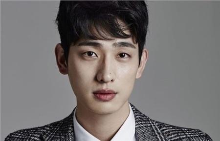 9 nam phụ 'cực quan trọng' trong vũ trụ phim Hàn mà bạn không thể không biết! 17