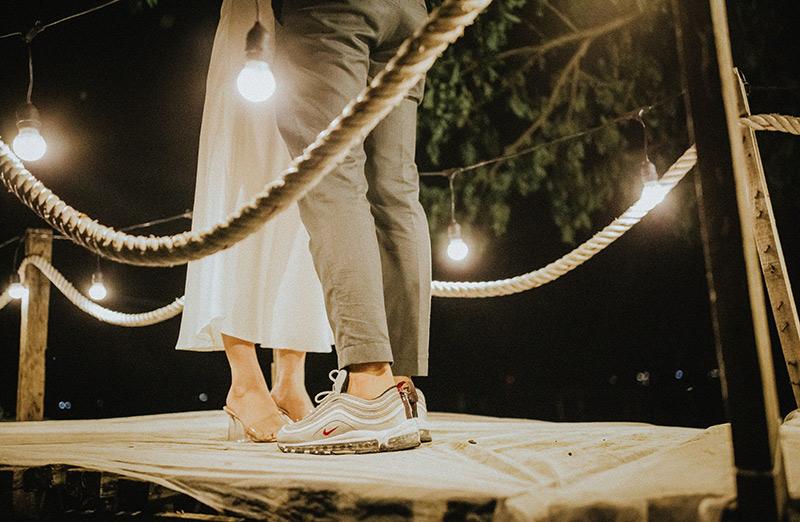 Những cảm xúc lắng đọng trước khi cặp đôi chính thức về chung một nhà.