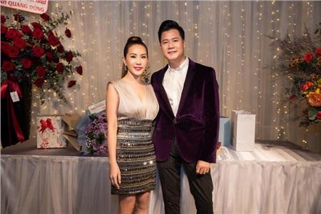 Hoa hậu Thu Hoài diện đầm đắt đỏ, gợi cảm đến chúc mừng sinh nhật ca sĩ Quang Dũng 3