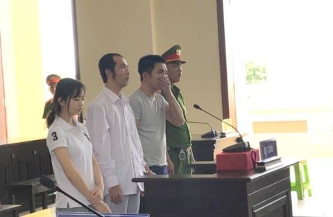Các bị cáo tại phiên tòa phúc thẩm.