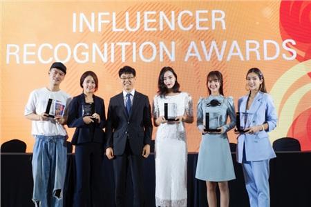 Katleen Phan Võ đọ sắc cùng 'thánh nữ Bolero' Jang Mi tại Seoul, Hàn Quốc 3