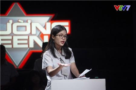 Phần phản biện của Minh Anh khiến 3 giám khảo đồng loạt cho điểm tối đa.