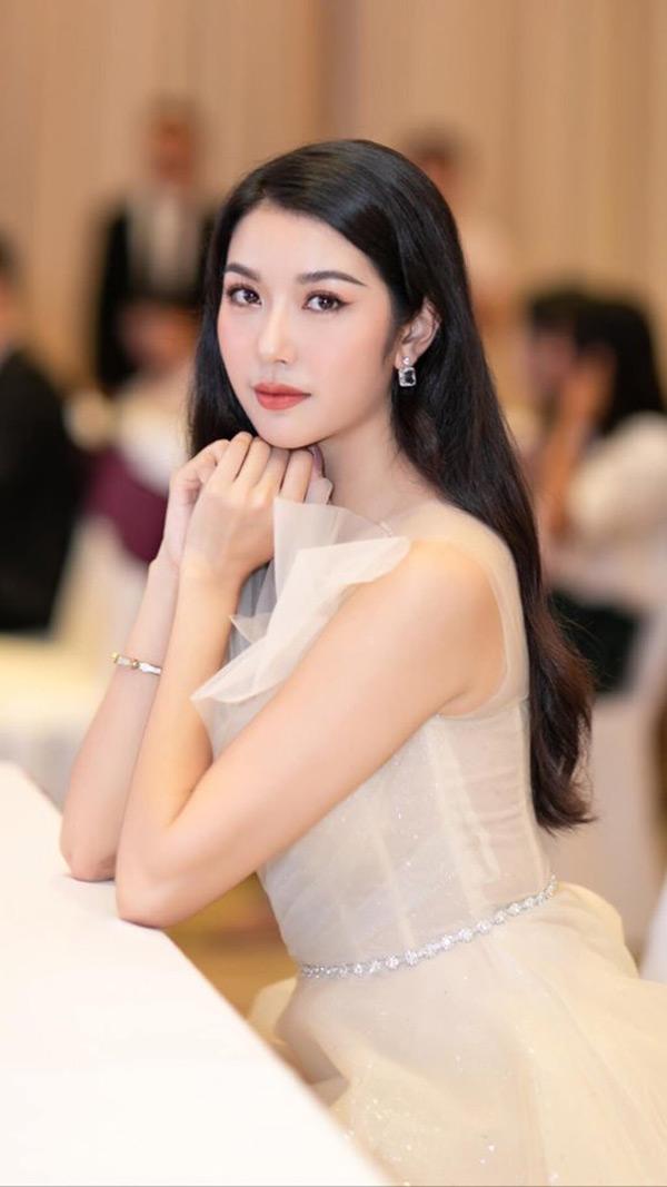 Đã có danh hiệu quốc tế, Thúy Vân vẫn 'chinh chiến' Hoa hậu Hoàn vũ Việt Nam 2019 1