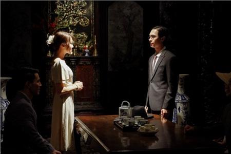 Hóa ra trùm cuối trong MV 'Vạn sự tùy duyên' của Quốc Thiên là 'Hot girl ống nghiệm' Lan Thy 4