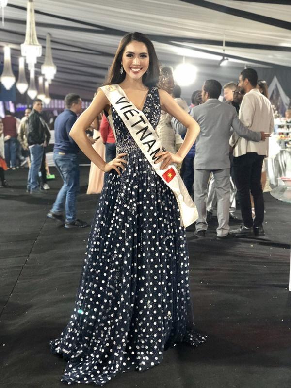 Tuy chỉ dừng chân ở Top 18 nhưng cô cũng xuất sắc nhận được giải thưởng Người đẹp được yêu thích nhất tại cuộc thi.