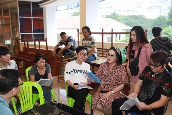 'Chị Mười Ba' Thu Trang nói gì trước những tranh cãi khi tham gia vở tuồng 'Dương Quý Phi'? 0