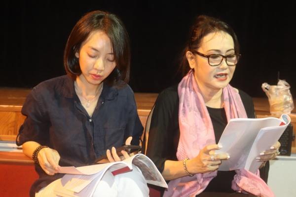 'Chị Mười Ba' Thu Trang nói gì trước những tranh cãi khi tham gia vở tuồng 'Dương Quý Phi'? 2