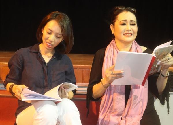 'Chị Mười Ba' Thu Trang nói gì trước những tranh cãi khi tham gia vở tuồng 'Dương Quý Phi'? 3