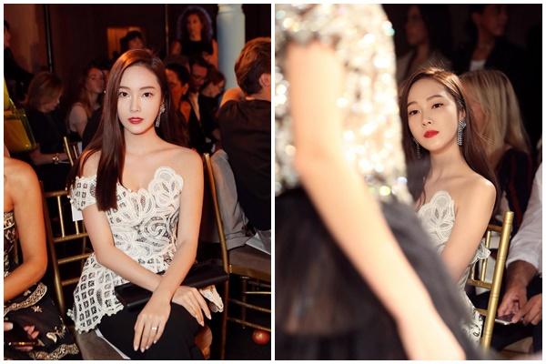 Gần đây nhất là Tuần lễ thời trang New York, Jessica gây chú ý với outfit hơn 600 triệu đồng.