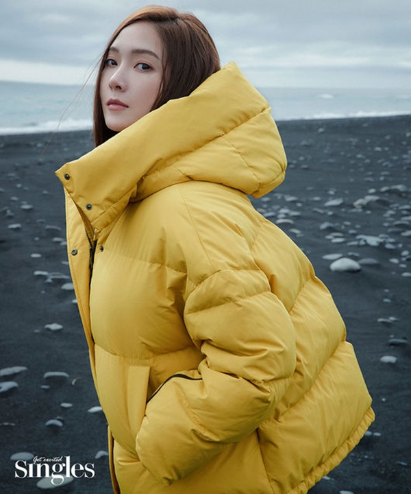 'Công chúa băng giá' Jessica đẹp 'nức nở', dẫn đầu xu hướng thời trang mùa đông trên tạp chí 8