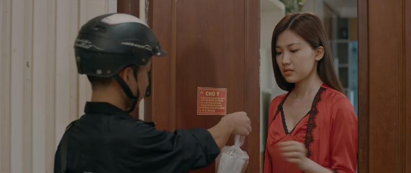 'Hoa hồng trên ngực trái' tập 14: Cạn lời, bà Hồng tuyên bố thà ở với Khuê còn hơn ở với Thái nếu Thái khăng khăng ly hôn vợ 6