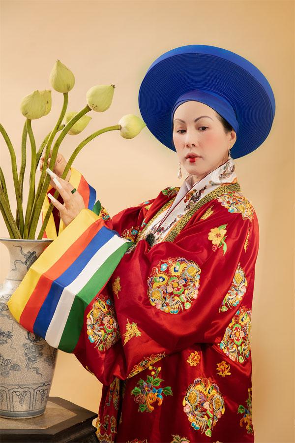 Hé lộ 'trùm cuối' của Phượng Khấu do Hoa hậu Quý bà Thu Hoài thủ vai 1