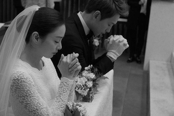 Knet chế giễu Song Hye Kyo - Goo Hye Sun trước tin Kim Tae Hee sinh con gái thứ hai 4