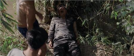 Ám ảnh với những cái chết kinh hoàng trong trailer 'Thất Sơn Tâm Linh' 4